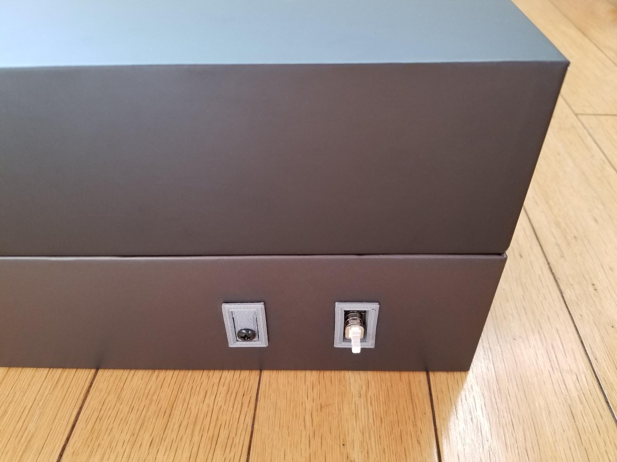 cardboard_case_17.jpg